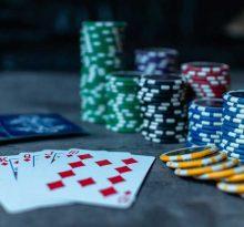 Cash-Games-vs-Tournaments